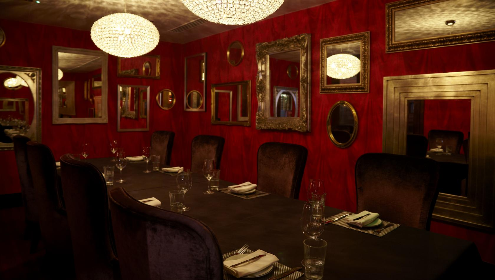 Book private dining room at malmaison london tagvenue for Best private dining rooms central london