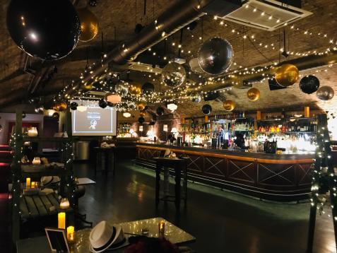 Arch 2 Bar