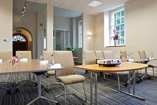 Mini Meeting Rooms