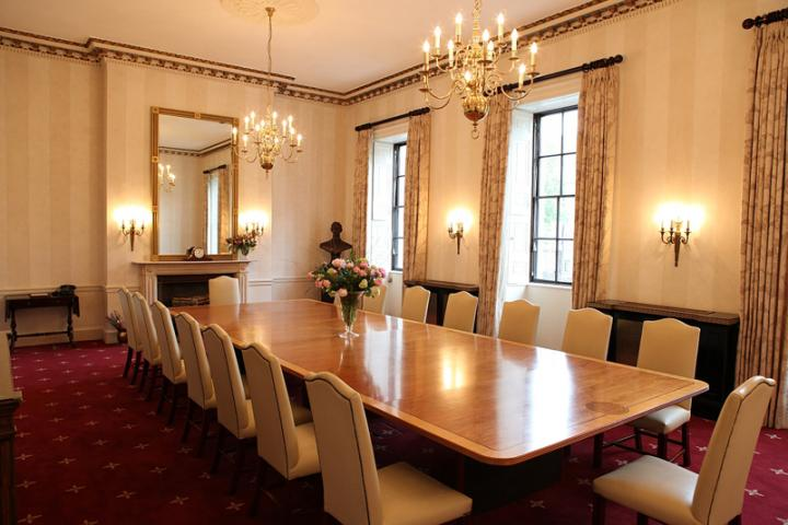 President 39 s room cavendish square in london best for The garden room 11 cavendish square