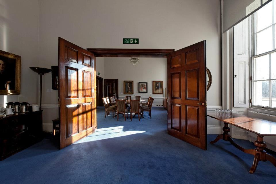 Book cornwall room at 10 11 carlton house terrace tagvenue for 17 carlton house terrace london