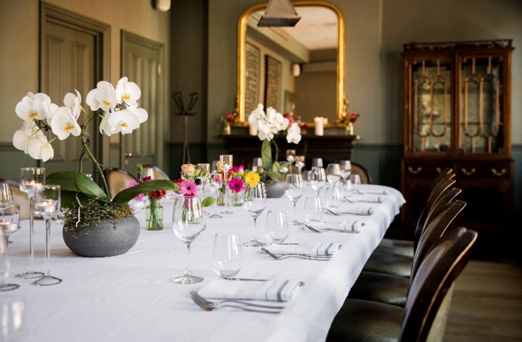 Book 2nd Floor Blenheim Dining Room At Tom S Kitchen