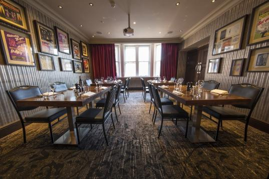 Book The Library At St James S Hotel And Club Tagvenue