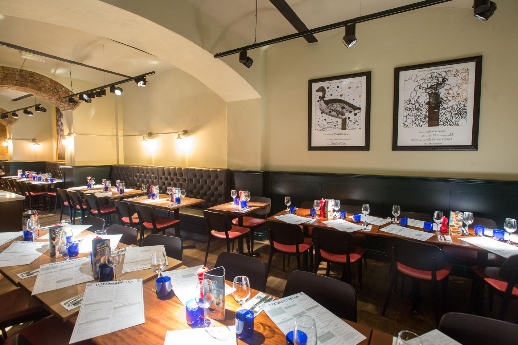 Book basement dining room at pizzaexpress leadenhall for Best private dining rooms central london