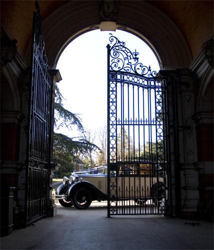 Egham Wedding Venue: Book Founder's Dining Hall At Royal Holloway