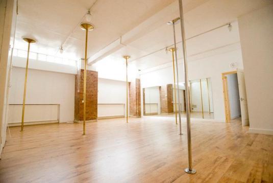 LDA Studio 2