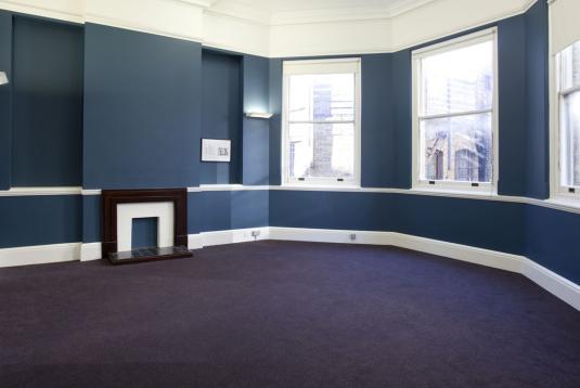 Medium Committee Room