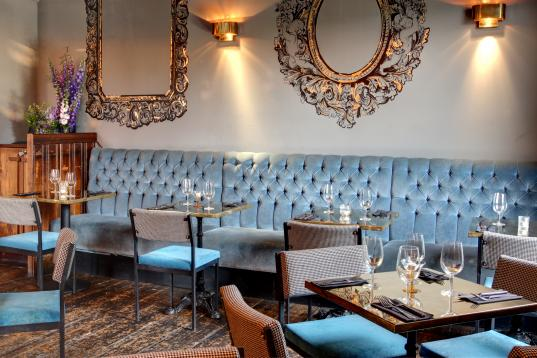 Pub Chelsea With Room Available To Hire