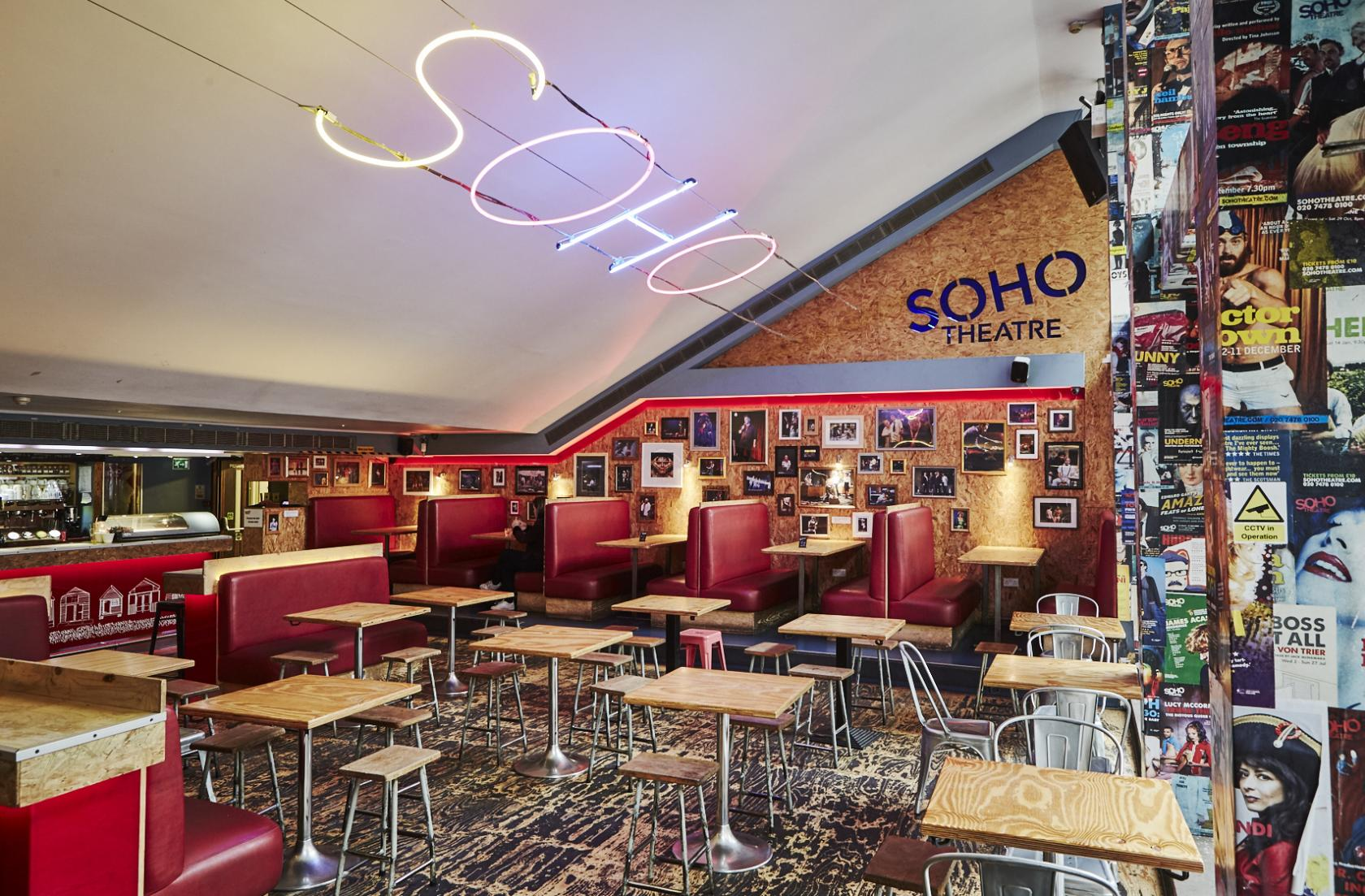 Aug 23,  · SoHo House is the exclusive music club of New York. Hearing stories and taking notice of the setup, essentially anything could happen here on any given night. The drinks, including shots, are unappealingly expensive, which is /5().