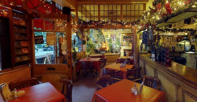 Le QuecumBar & Brasserie