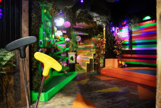 Plonk Crazy Golf Camden