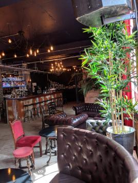 U7 Lounge