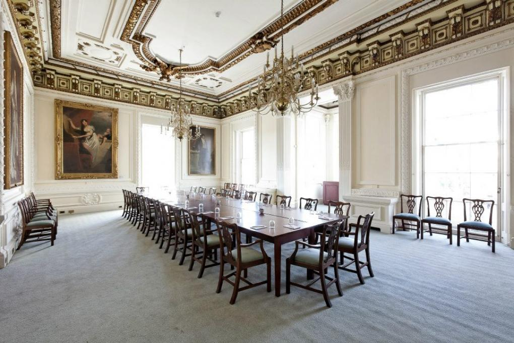 The council room 10 11 carlton house terrace in london for 17 carlton house terrace london