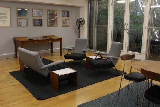 Garden view meeting room