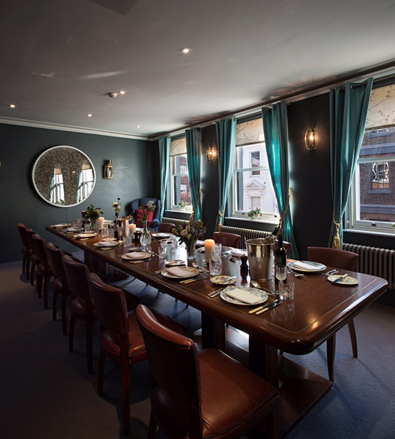 Book mackintosh room at the groucho club tagvenue for Best private dining rooms central london
