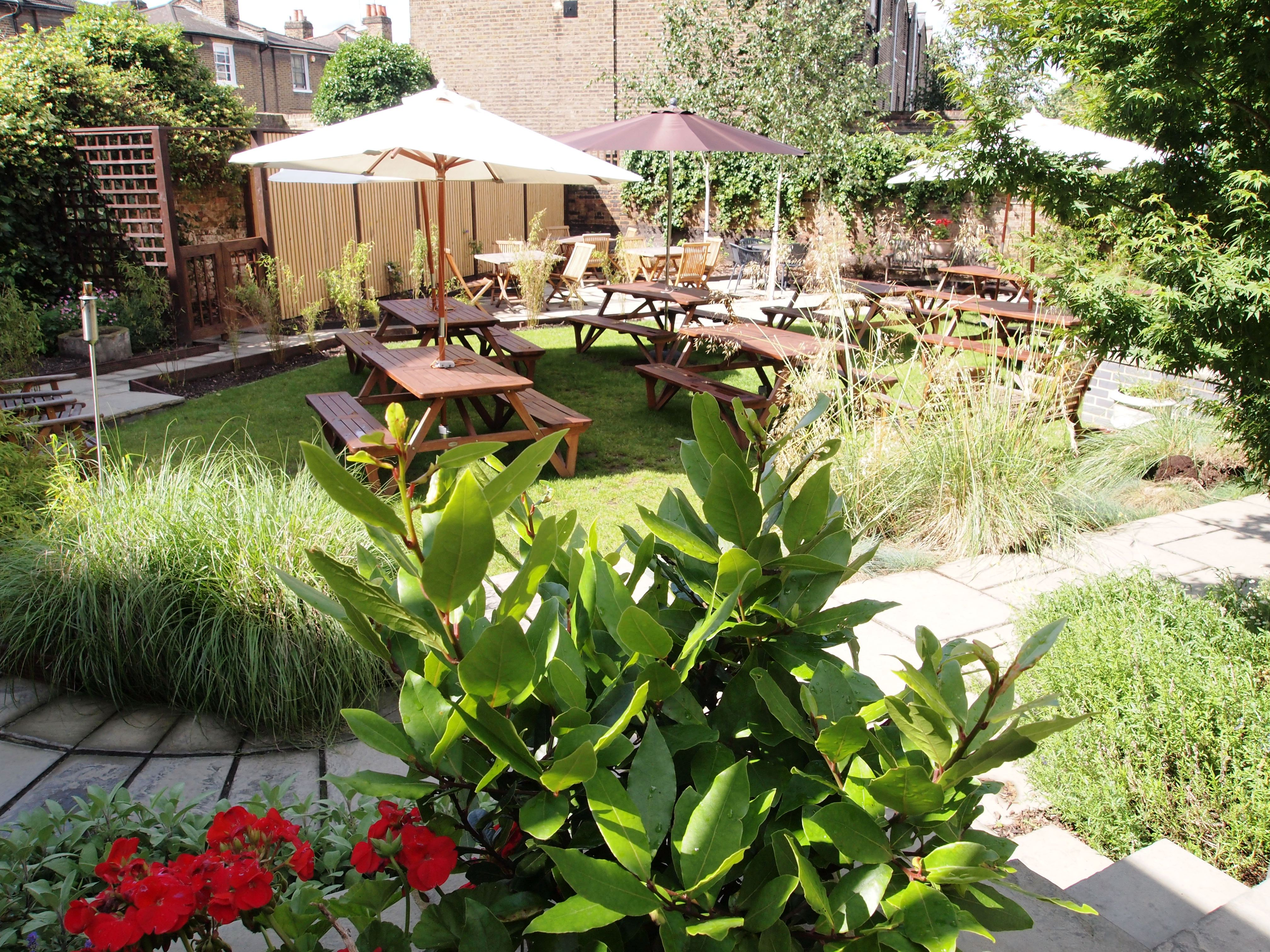 small wedding hotels london%0A The Garden at The Guildford Arms